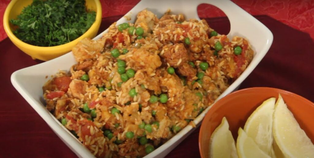 Slow cooker chicken paella