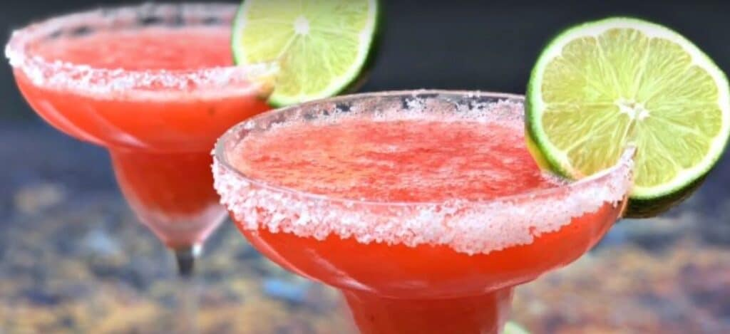 FROZEN KETO STRAWBERRY MARGARITA COCKTAILS