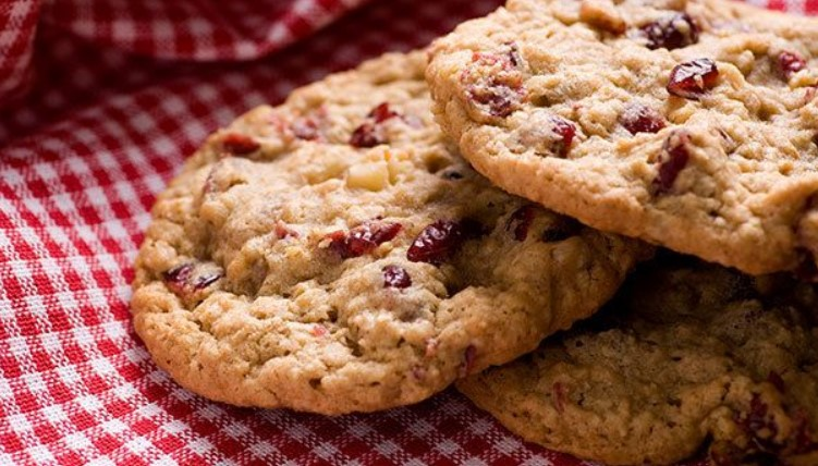 OATMEAL RAISIN CRANBERRY COOKIES