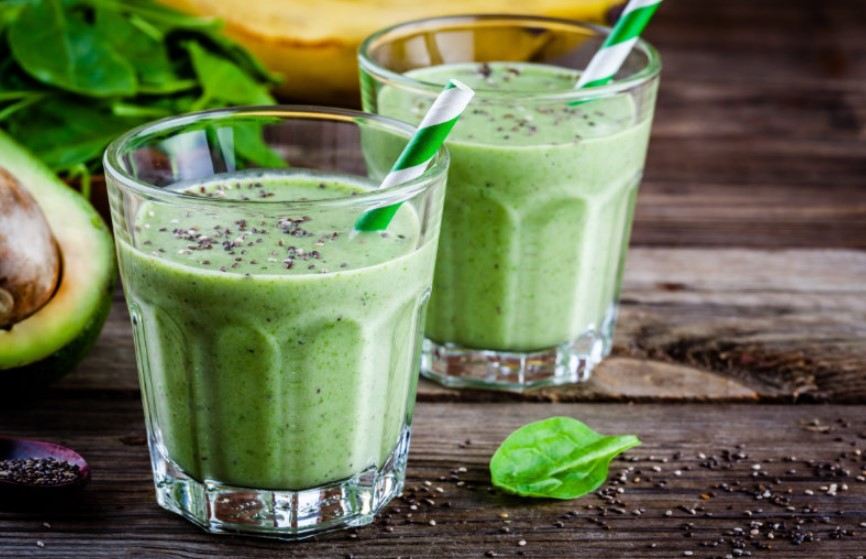 RELAXING GREEN SMOOTHIES