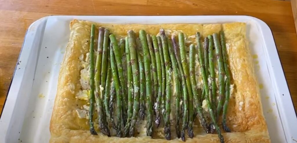 ASPARAGUS TART WITH GOAT CHEESE RECIPE